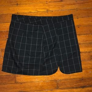 black plaid skirt